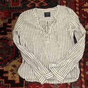 Linen top size small